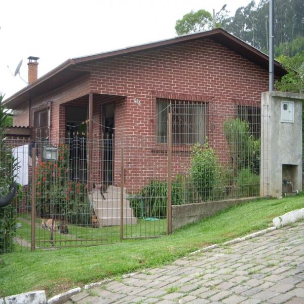 Casa Residencial em Caxias do Sul no bairro CASTELO