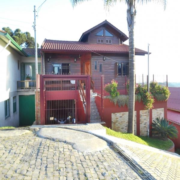 Casa Residencial 2 dormitórios em Caxias do Sul no bairro NOSSA SENHORA DE LOURDES