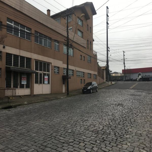 Loja Térrea em Caxias do Sul no bairro SAGRADA FAMÍLIA