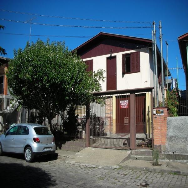 Casa Residencial em Caxias do Sul no bairro SÃO CAETANO
