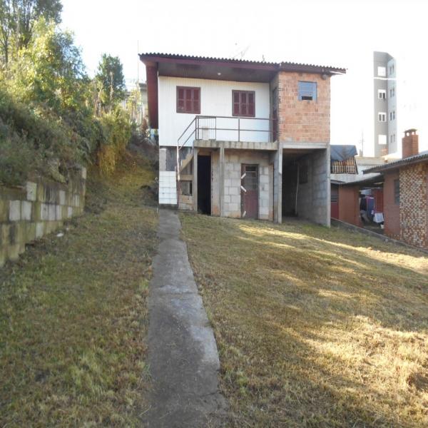 Casa Residencial em Caxias do Sul no bairro CIDADE NOVA II