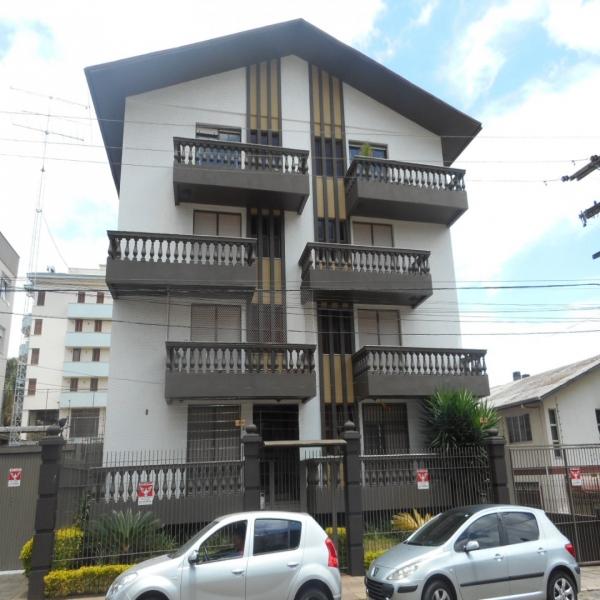 Apartamento 4 dormitórios em Caxias do Sul no bairro PANAZZOLO