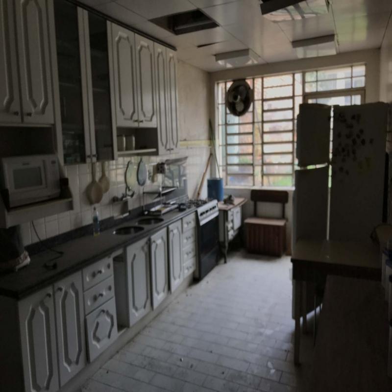 Casa Comercial 5 dormitórios em Caxias do Sul no bairro CENTRO