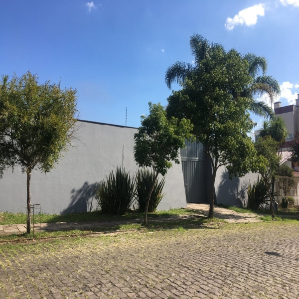 Casa Comercial 3 dormitórios em Caxias do Sul no bairro SANTA CATARINA
