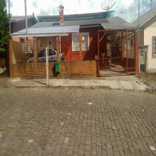 Casa Residencial em Caxias do Sul no bairro MARILAND