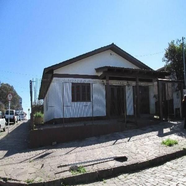 Casa Residencial 3 dormitórios em Caxias do Sul no bairro DESVIO RIZZO