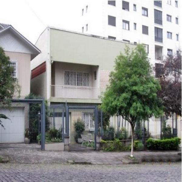 Casa Residencial em Caxias do Sul no bairro EXPOSIÇÃO