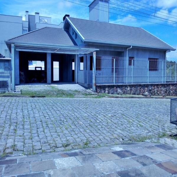 Casa Residencial 3 dormitórios em Caxias do Sul no bairro BELA VISTA